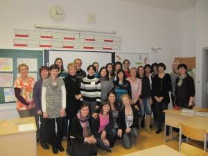 Udeleženci prvega modula profesionalnega usposabljanja multiplikatorjev za izvajanje programa UVOP, Koper, november 2013.